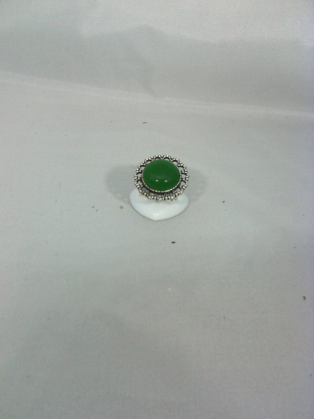 bague jade vert foncé ronde 18 mm