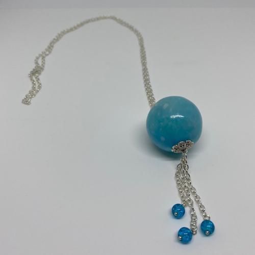 Sautoir fimo bleu effet perle de verre
