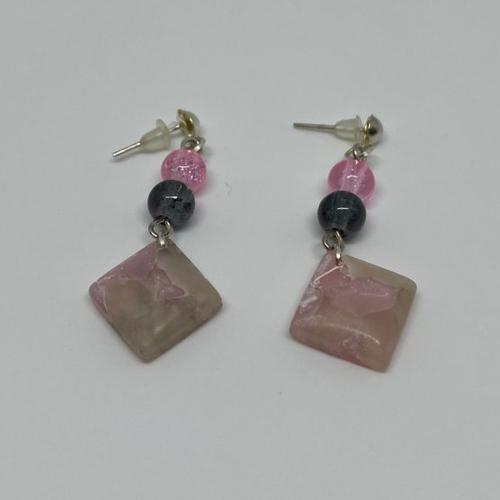 Boucles d'oreilles fimo rose effet quartz - 2
