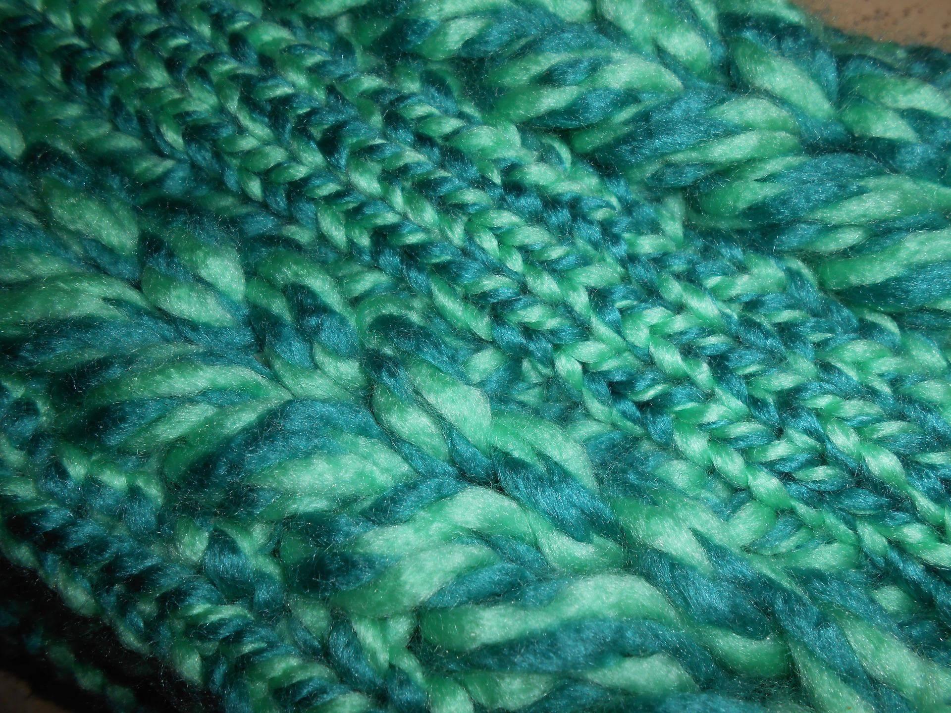 Tour de cou ou Snood tressé nuances de vert - Taille adulte ou enfant