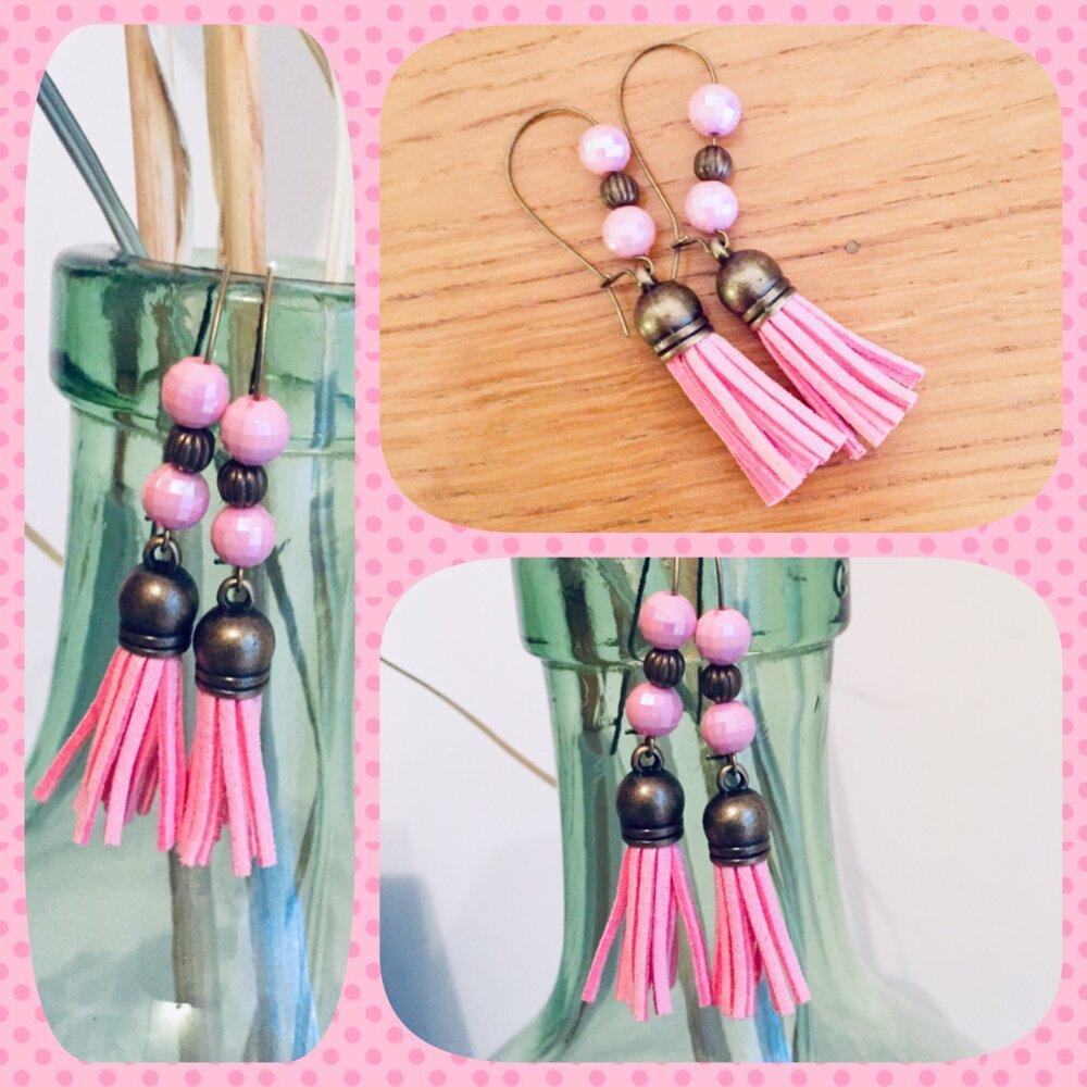 Boucles d'oreilles Pompons roses pampilles