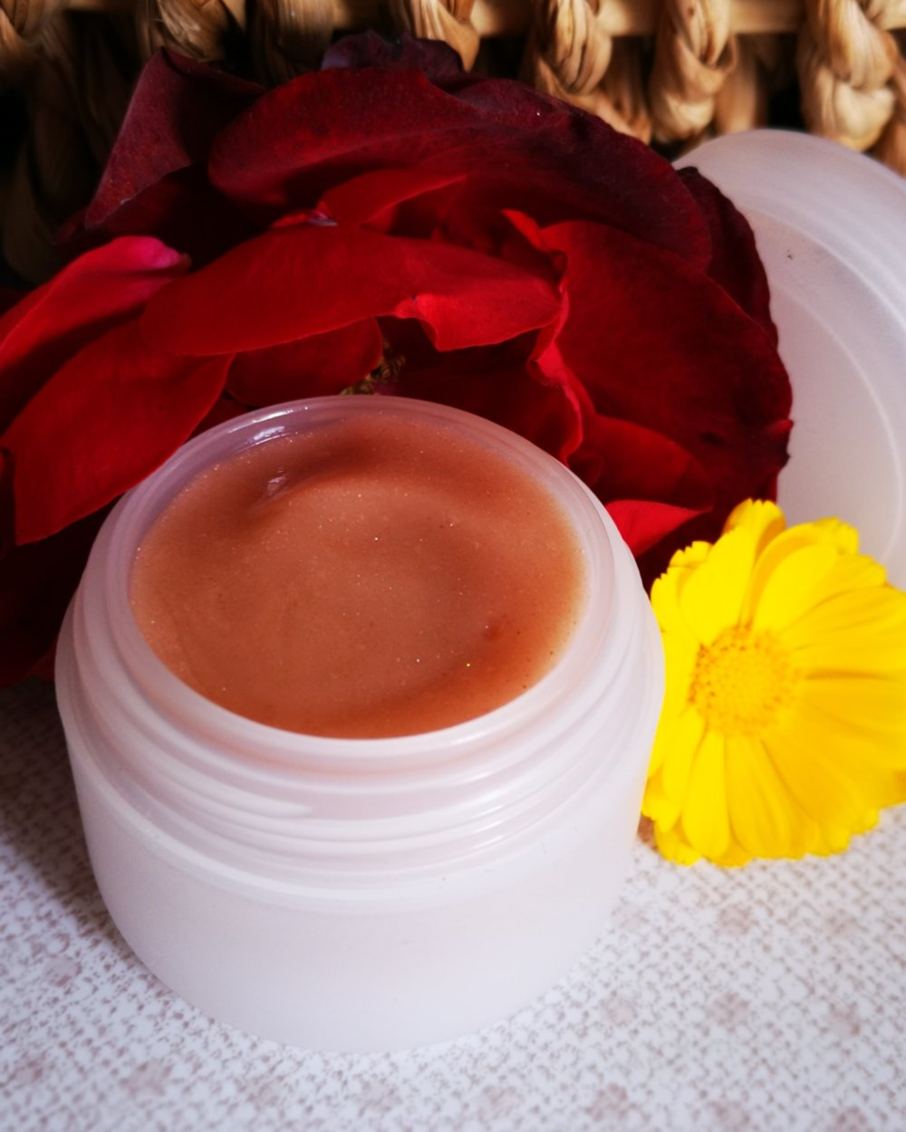 Gelée visage anti âge teint lumière à la rose et calendula