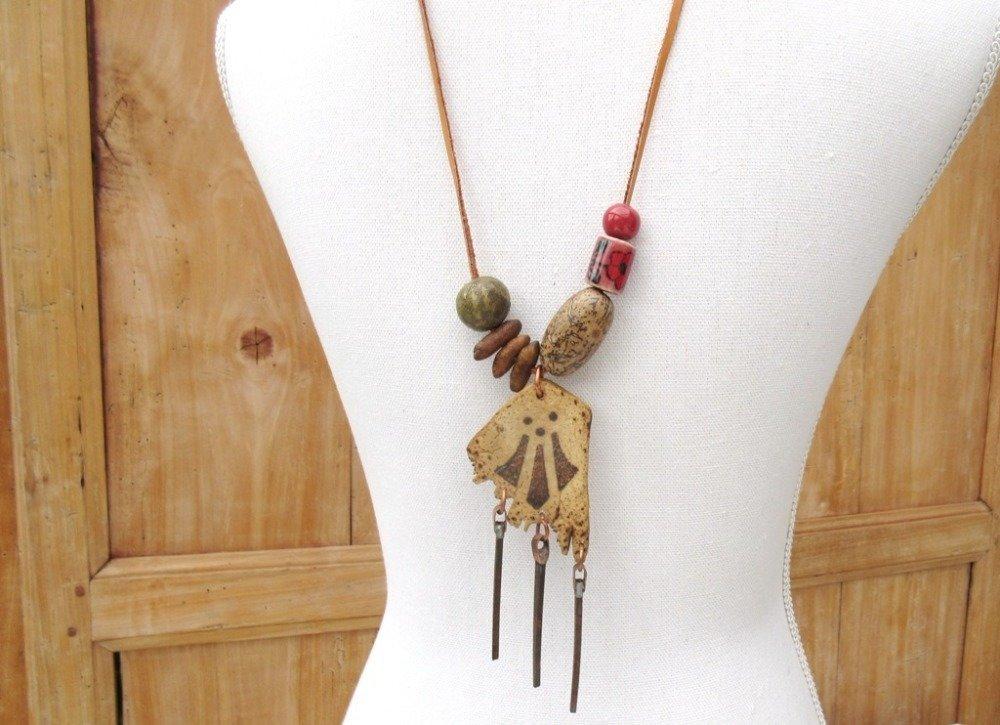 VENDU ...AWEN: Un collier talisman, unisexe; avec le symbole des druides gallois ....