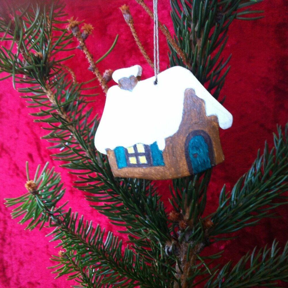 Décoration de Noël à suspendre : Maisonnette