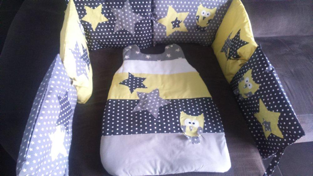 ensemble de lit bébé jaune/gris étoilé