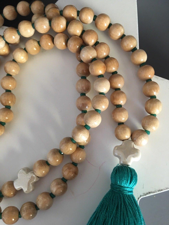 Collier sautoir bohème Croix céramique - - dégradé blanc/beige