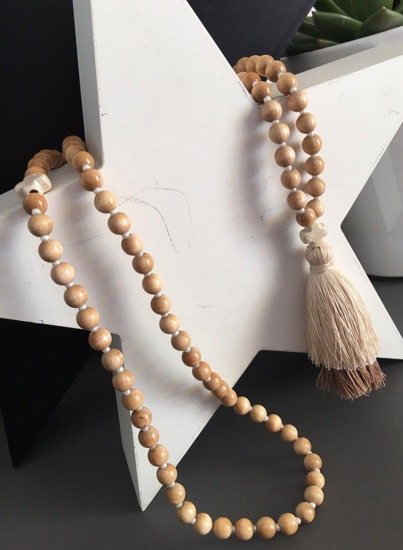 Collier sautoir bohème Croix - gros pompon - degradé beige