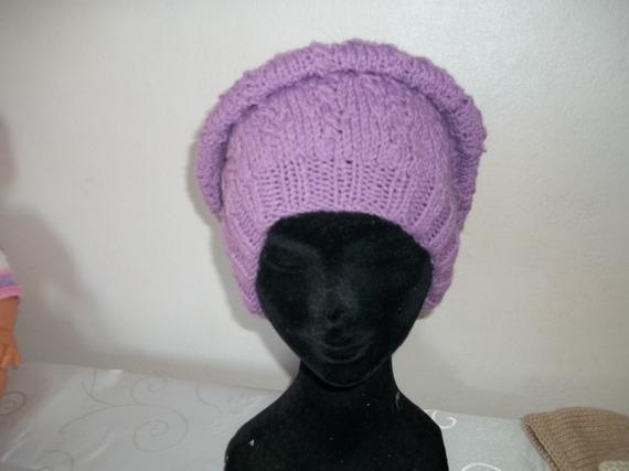 bonnet/béret/chapeau parme tricoté mains point fantaisie
