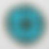 Application thermocollant en feutrine bleu turquoise avec perles en bois et paillettes bronze