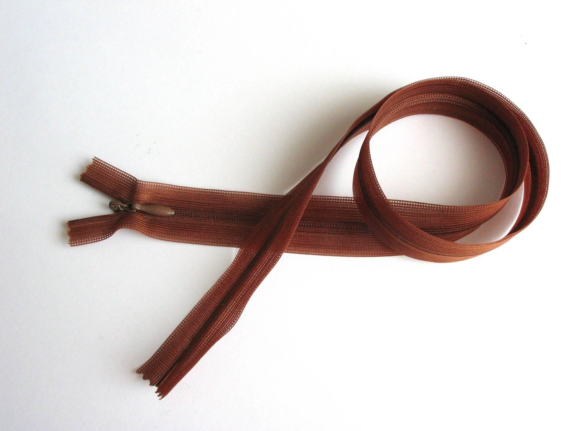 Fermeture à glissière zip 60cm invisible marron clair - réf 15A