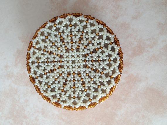 Schéma boite ronde candy en perles