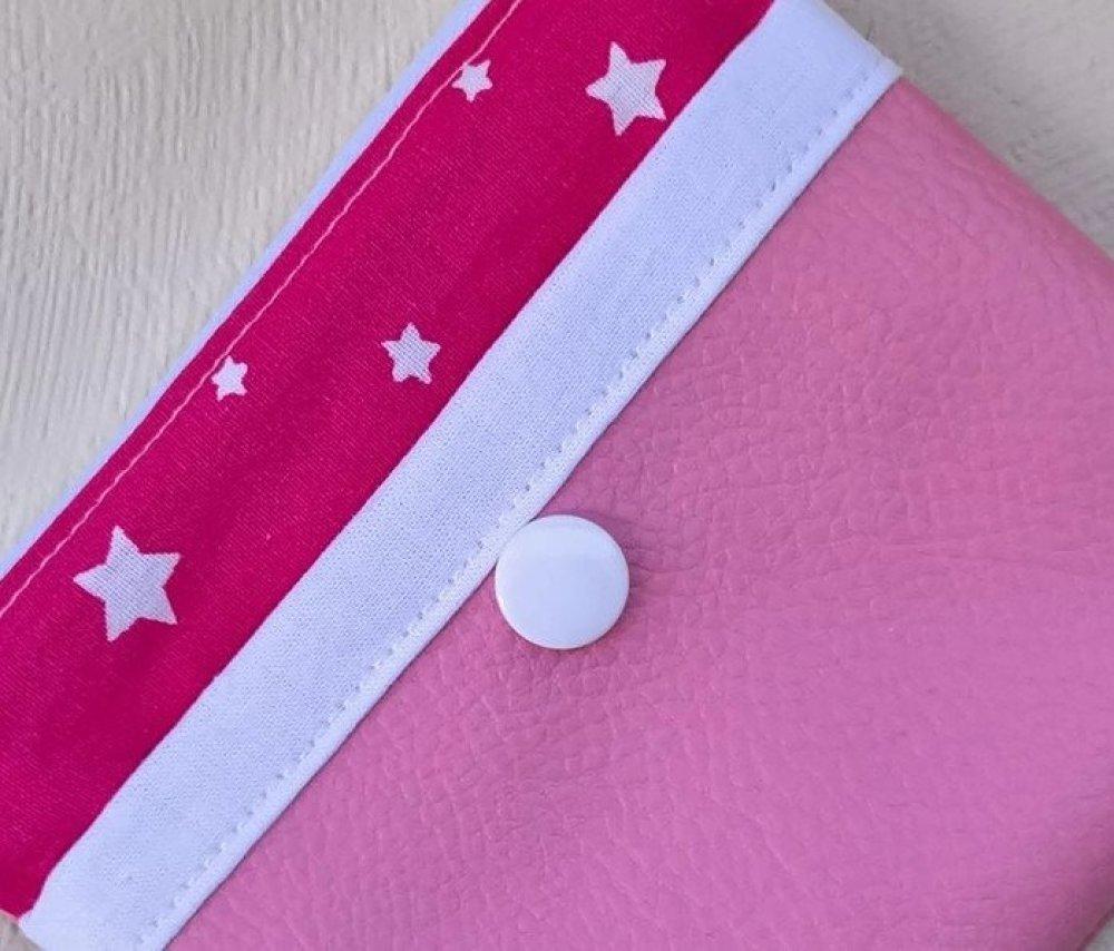 Porte-monnaie rose en simili cuir et coton .
