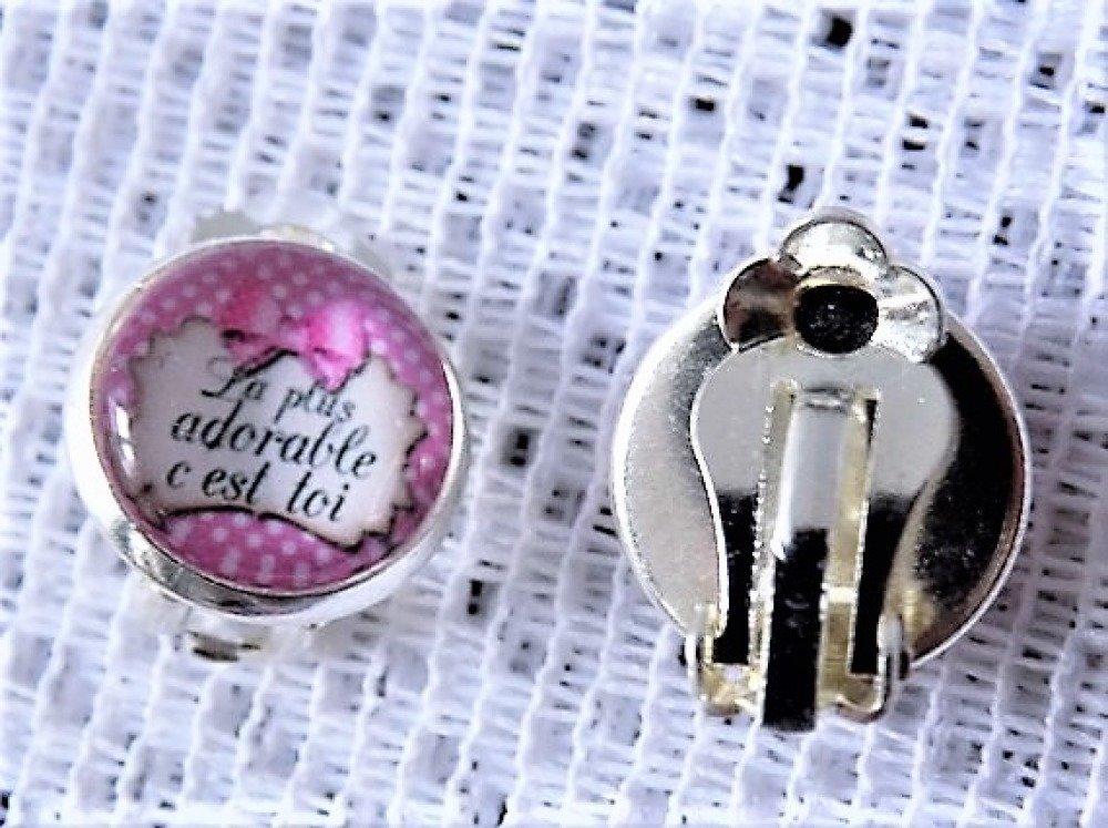 Boucles d'oreille clips argent rose et blanc,cabochon de verre rond à message.