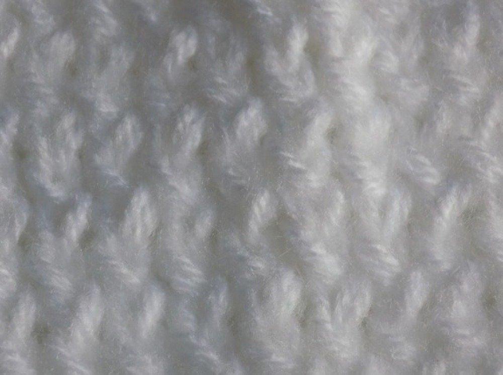 Bonnet tricot,coloris blanc,taille unique.