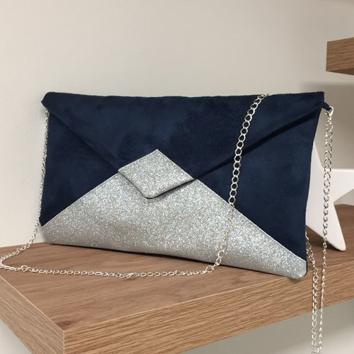 Pochette mariage bleu marine à paillettes argentées, chaînette amovible / sac pochette suédine forme enveloppe personnalisable