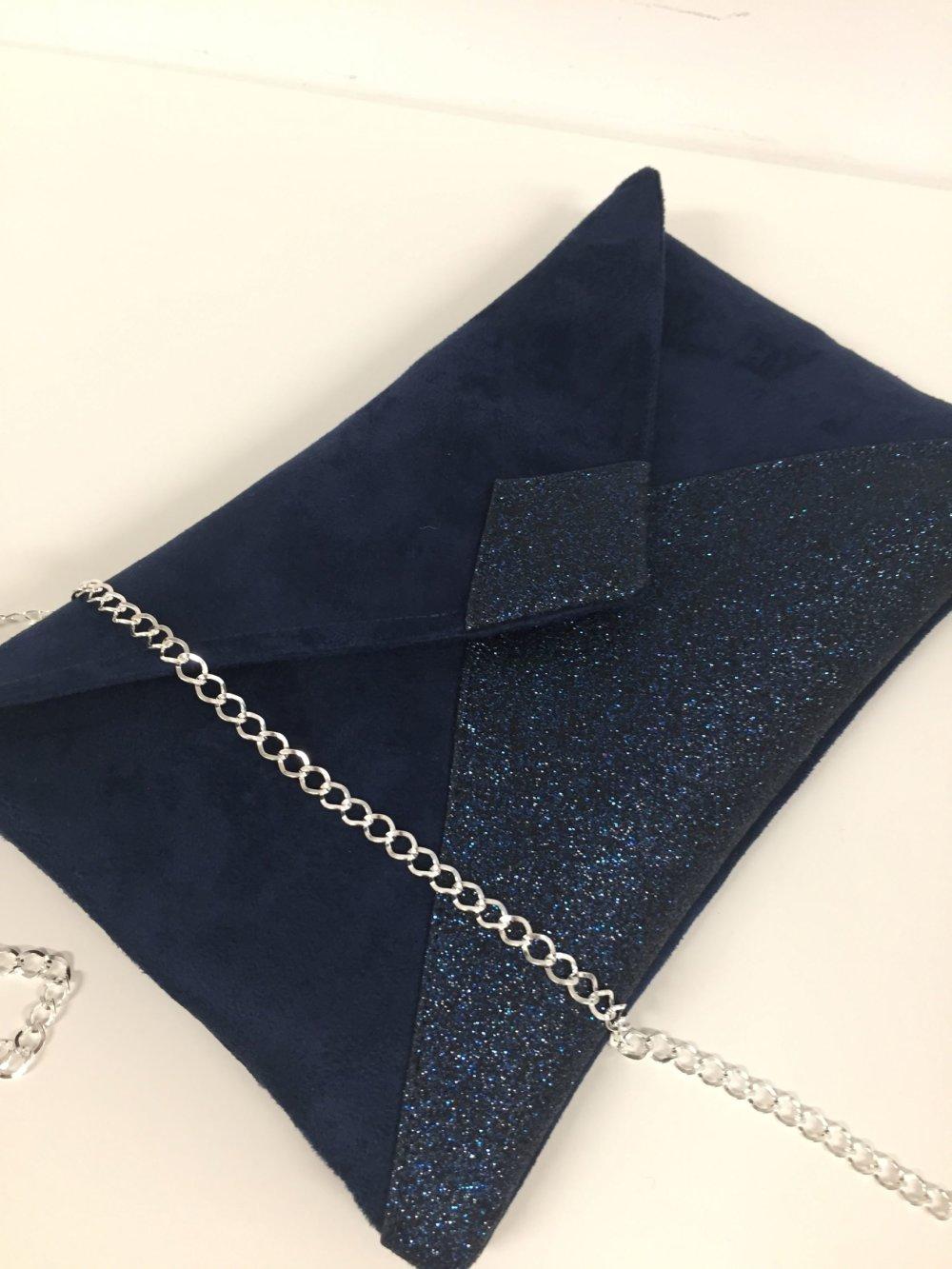 Pochette de soirée, mariage, bleu marine en suédine et paillettes, chaînette argentée amovible / Sac à main femme personnalisable