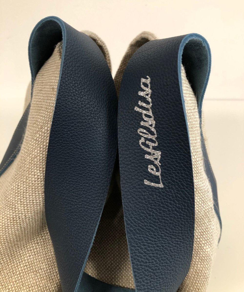 Sac seau pur lin naturel, anse cuir bleu marine / Sac porté épaule lin beige et cuir grainé / Sac fourre-tout femme personnalisable
