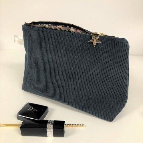 Pochette en velours grosses côtes bleu canard / trousse maquillage style sportswear / personnalisable