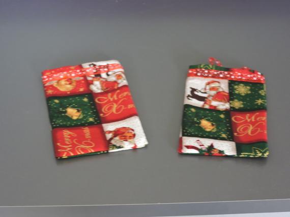 pochette cadeaux spécial Noël, motifs Noël, avec ruban d'organza