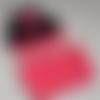 Ensemble bonnet oreilles-tour de cou rose et noir bébé-cadeau-pink and black earrings and necklace for baby-bonnet ears baby