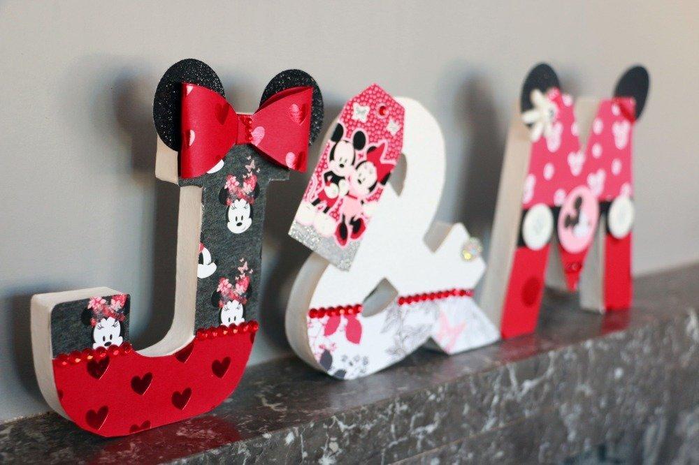 Initiales Mickey et Minnie