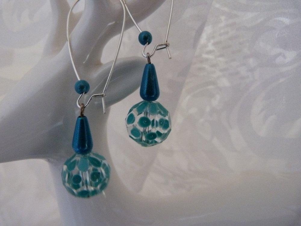 Boucles d'oreilles en verre et perles magiques