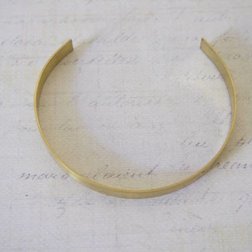 Support bracelet type manchette en laiton doré à personnaliser 6x145mm