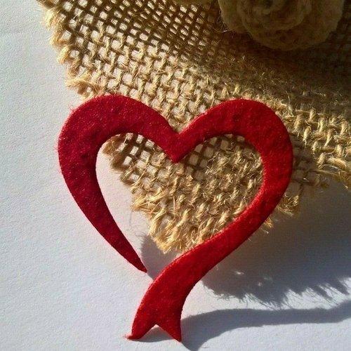 Sachet de 10 coeurs en papier mûrier rouge de 4 x 4 cm, faire part.. (réf.78)