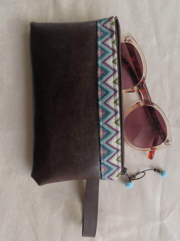 Pochette pour maquillage ou étui à téléphone ou lunettes style romantique éthnique ! cadeau pour femme bohème, hippie chic !