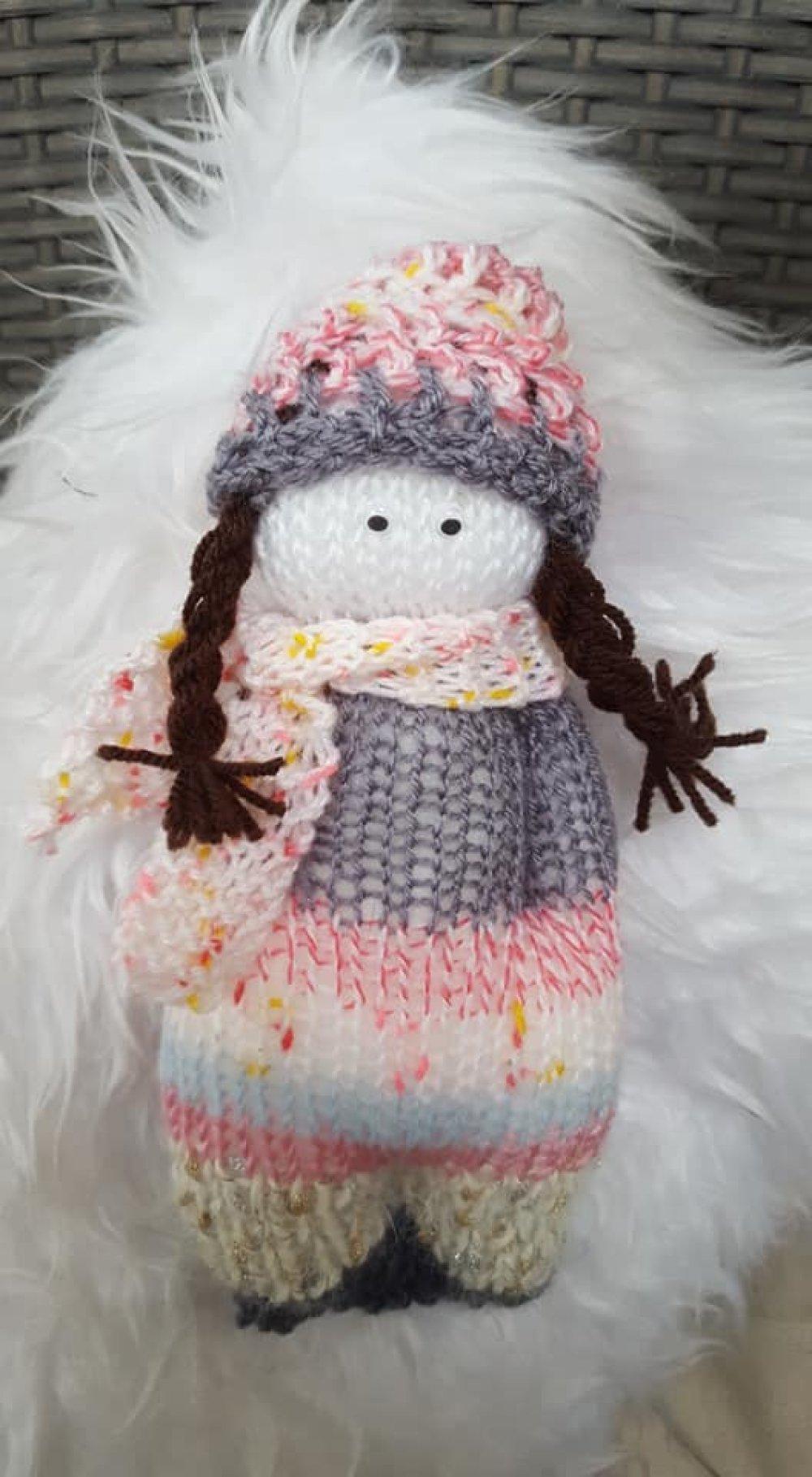 Collection Doudou Petite fille Lilou en laine