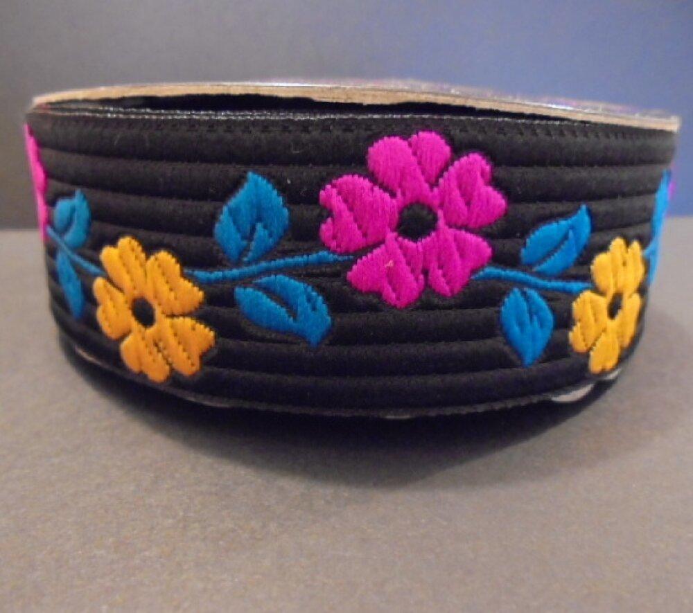 Galon noir fleurs joyeuses