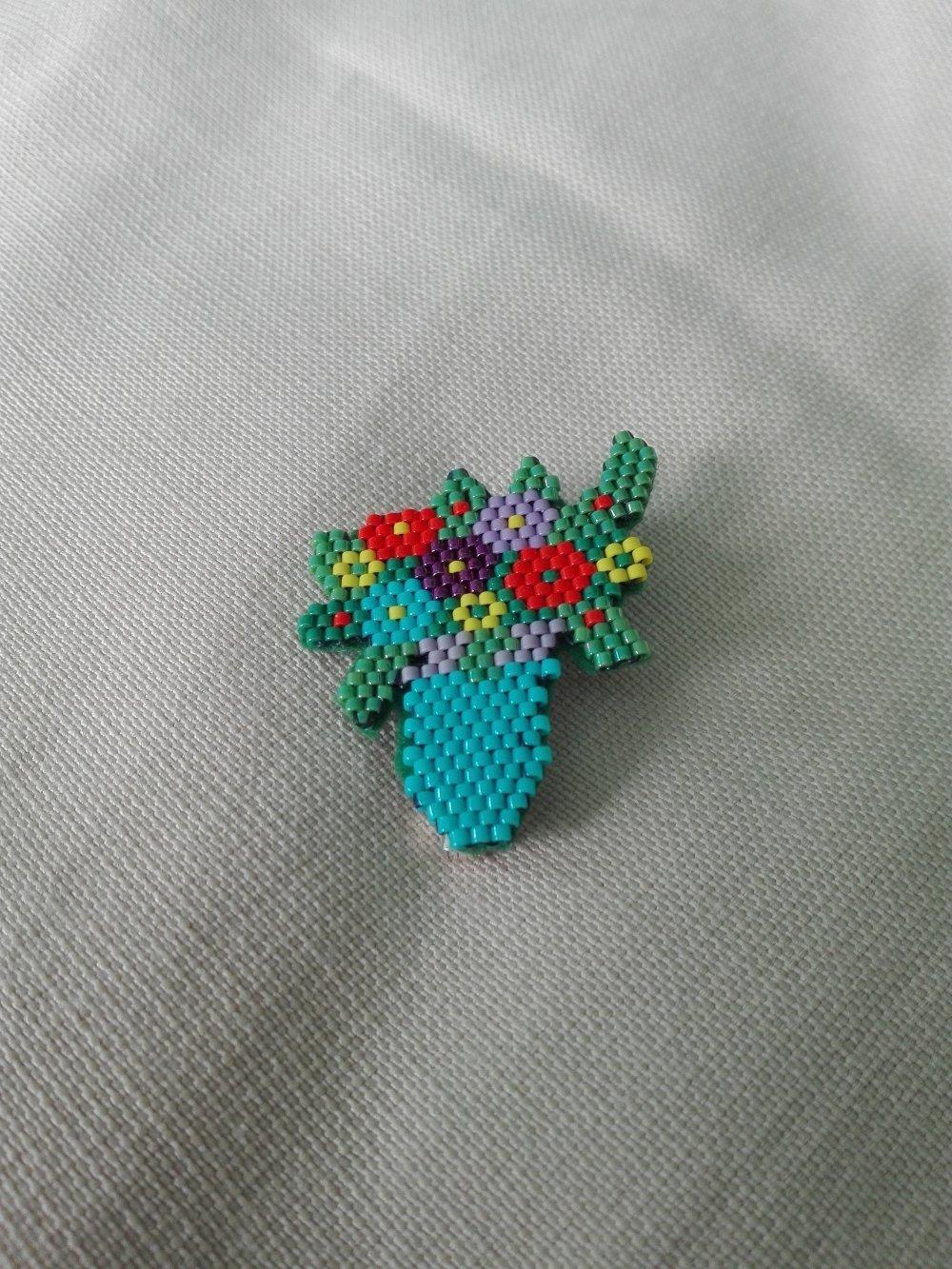 broche bouquet de fleurs , tissage perles Miyuki