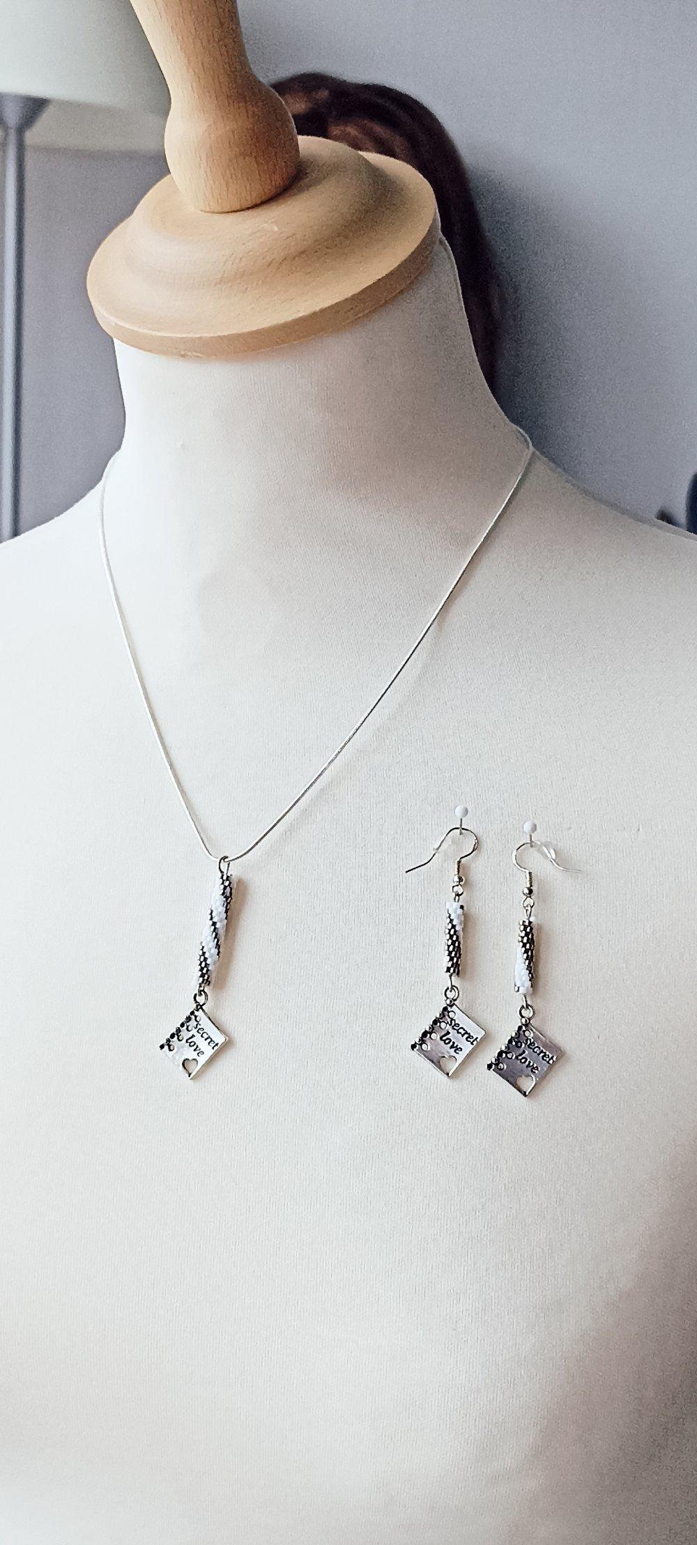 collier et boucles d'oreilles en perles Miyuki , argentée et blanche