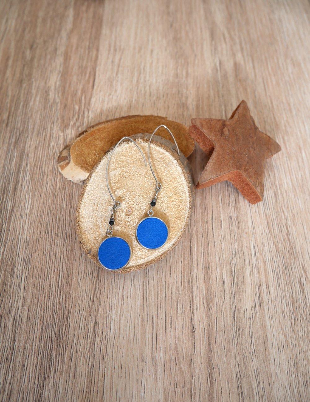 Circle ▽ Boucles d'oreilles bleues et argentées