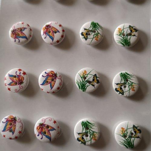 Boutons fantaisies x16 motifs papillons & fleurs
