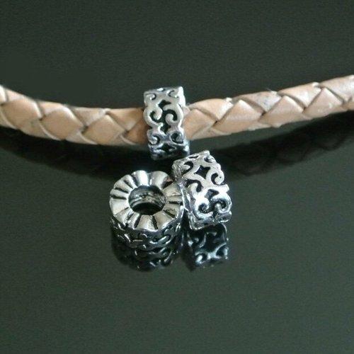 Deux jolies perles passants argent, 10 x 5 mm, motifs arabesques, trou: 4,8 mm