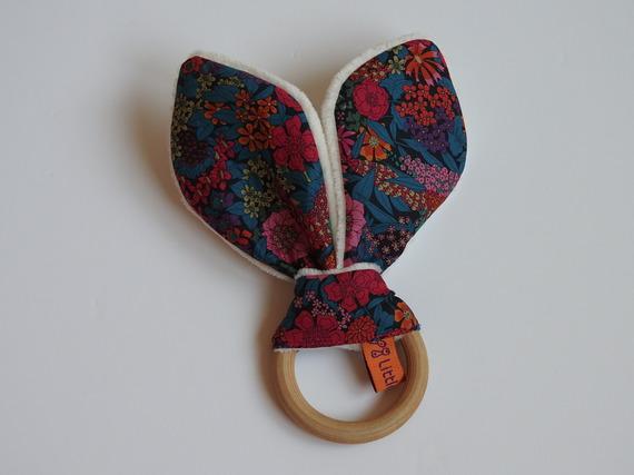Hochet Oreilles de Lapin - Inspiration Montessori - Imprimé fleuri LIBERTY of London Ciara