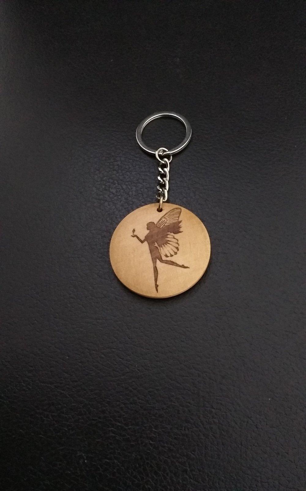 Porte clés Fée en bois