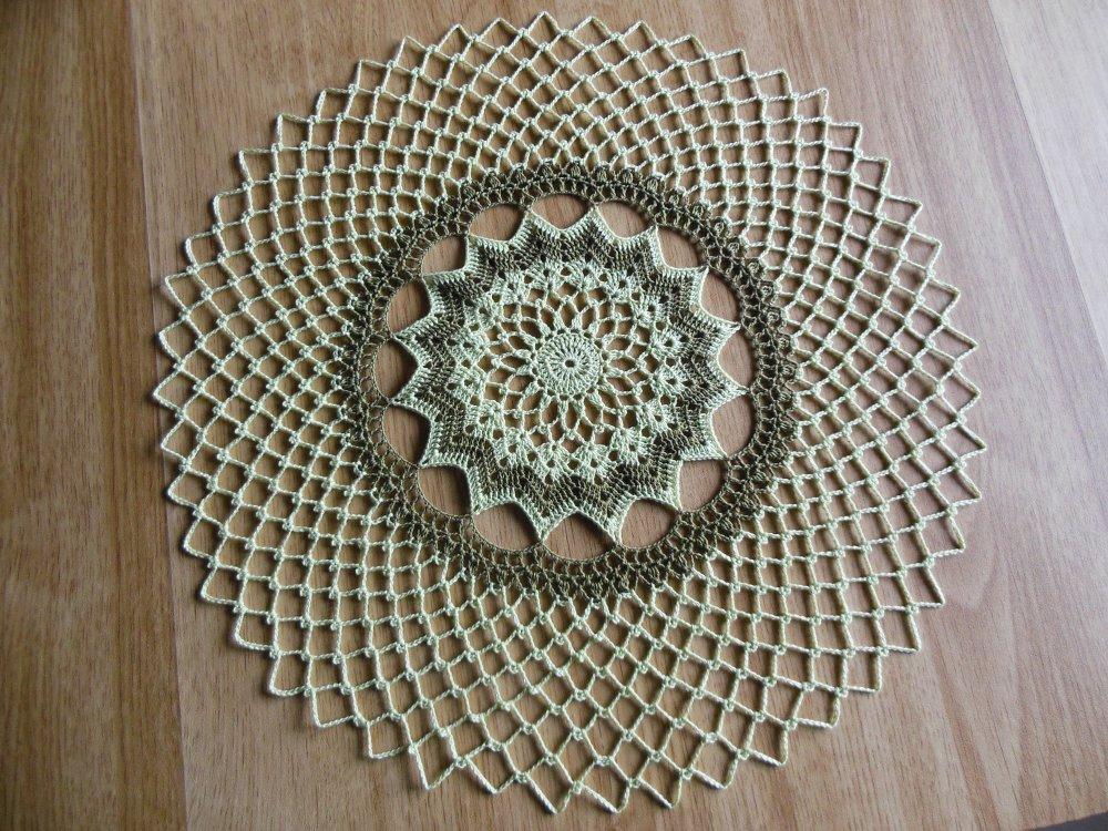 "Napperon crochet ""Marcia"""