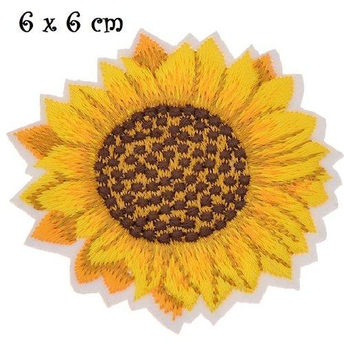 Applique patch écusson thermocollant - fleur tournesol, ton jaune orangé ** 6 x 6 cm ** applique à repasser - c109