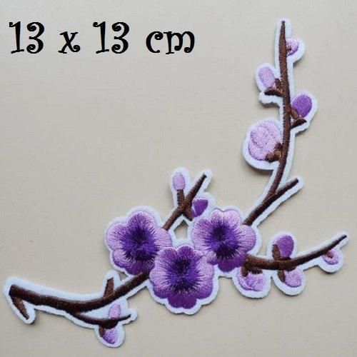 ACD31 MAUVE PARME GRANDE APPLIQUE BRODÉE ** 32 x 22 cm ** FLEURS FEUILLES