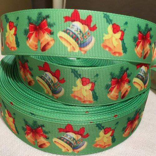 Ruban gros grain imprimé, cloches de noël, ruban rouge, fond vert ** 25 mm ** vendu par 50 cm