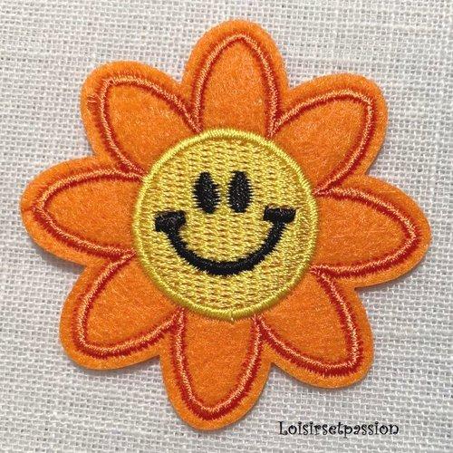 Écusson patch thermocollant - fleur soleil sourire, orange jaune ** 5,5 cm ** applique à repasser - c133