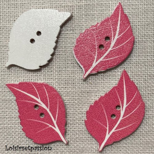 Bouton bois, feuille / rose blanc ** 22 x 34 mm ** bouton fantaisie 2 trous - vendu à l'unité - bbf40