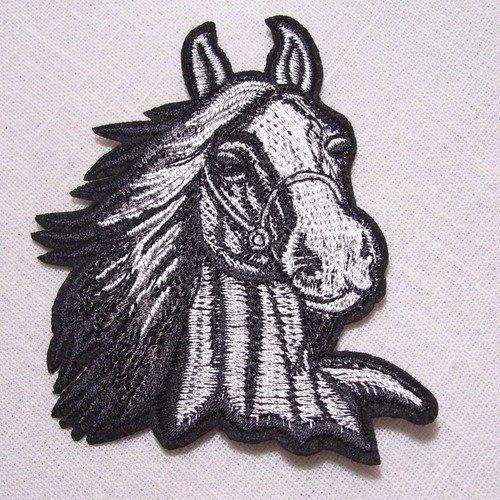Écusson patch thermocollant ** 9 x 10 cm ** tête cheval étalon gris blanc - applique à repasser