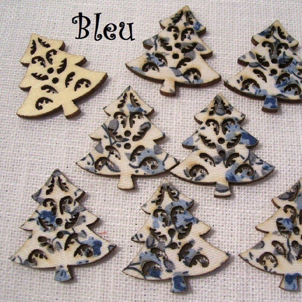 B29 / Sapin de Noël Bleu - BOUTON BOIS DÉCORATIF - Imprimé Effet Tissu Fleuri ** 27 x 30 mm ** Vendu à l'unité