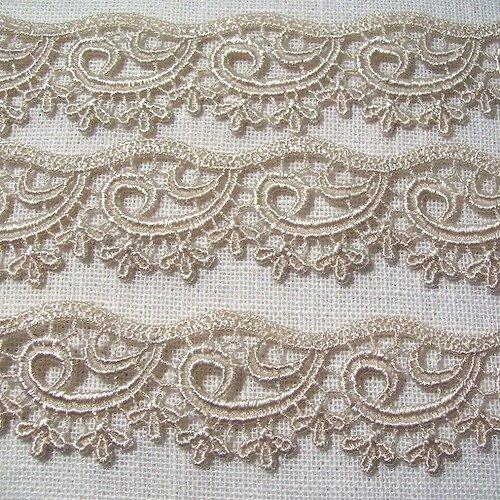 Dentelle guipure vague arabesque / beige ** 27 mm ** vendu par multiple de 50 cm - couture, carterie, poupée - d26
