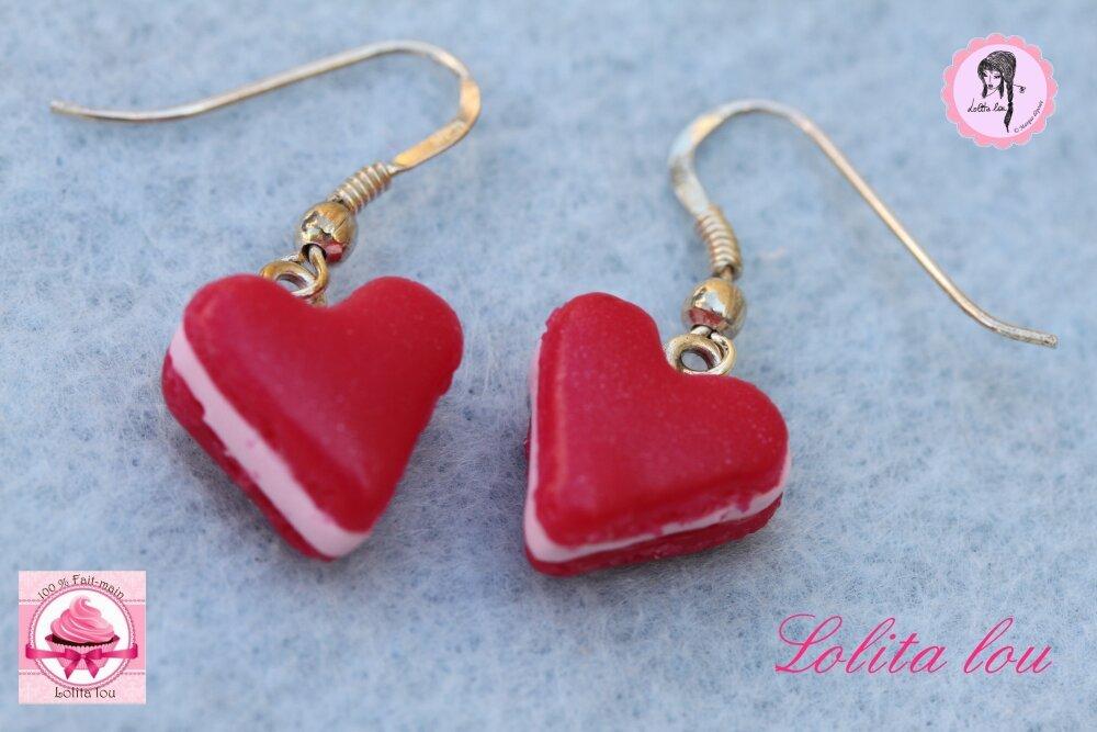 Bijoux gourmands : boucles d'oreilles biscuit coeur rouge amour rubis