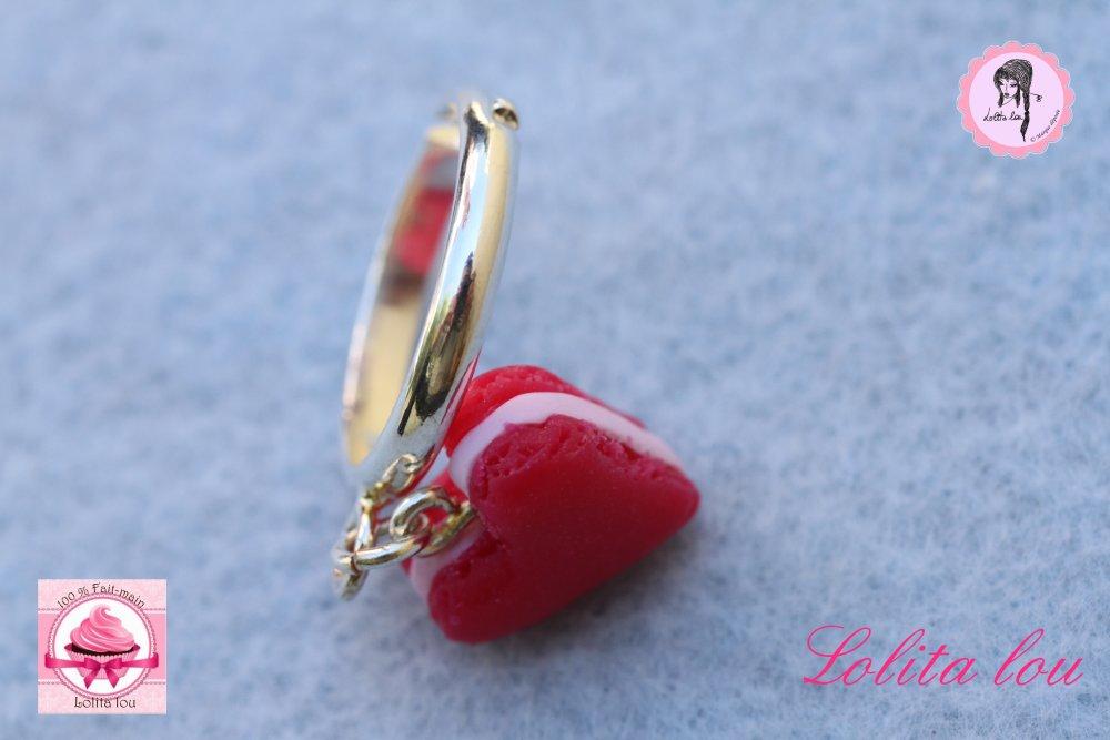 Bague biscuit coeur rouge rubis .
