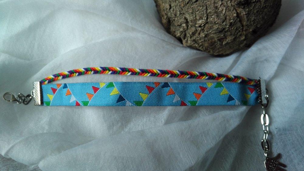 """Bracelet mixte (homme-femmes) """"Comme un arc en ciel aux vents"""" tissus et tresse 7 couleurs, avec attache réglable argentée"""